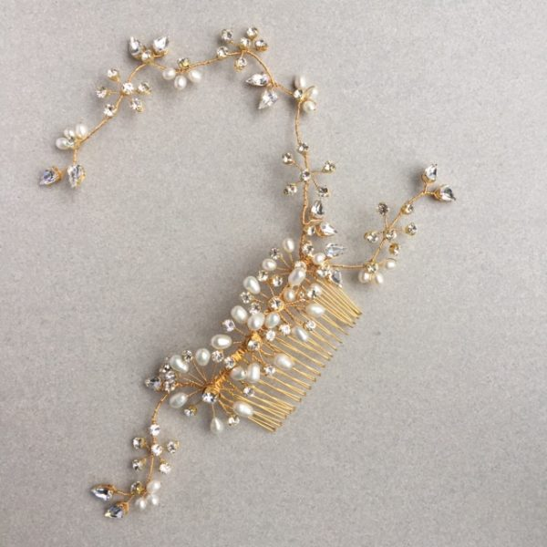 Freshwater pearl and diamante heirloom bridal accessory